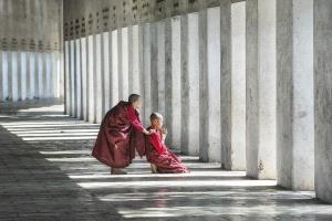 PhotoVivo Honor Mention - Arnaldo Paulo Che (Hong Kong) <br /> Devotion 1