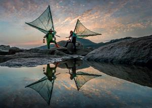 APAS Honor Mention - Chin Leong Teo (Singapore) <br /> Fishermen At Dawn