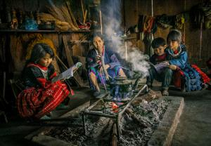 PhotoVivo Honor Mention - Dao Tien Dat (Vietnam) <br /> The Warm Kitchen In Highland