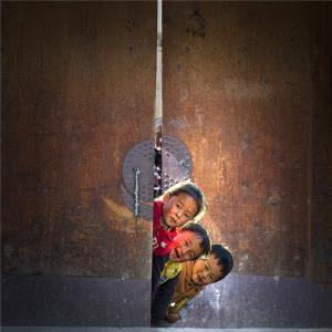PhotoVivo Honor Mention - Yongming Liu (China) <br /> Happy Childhood